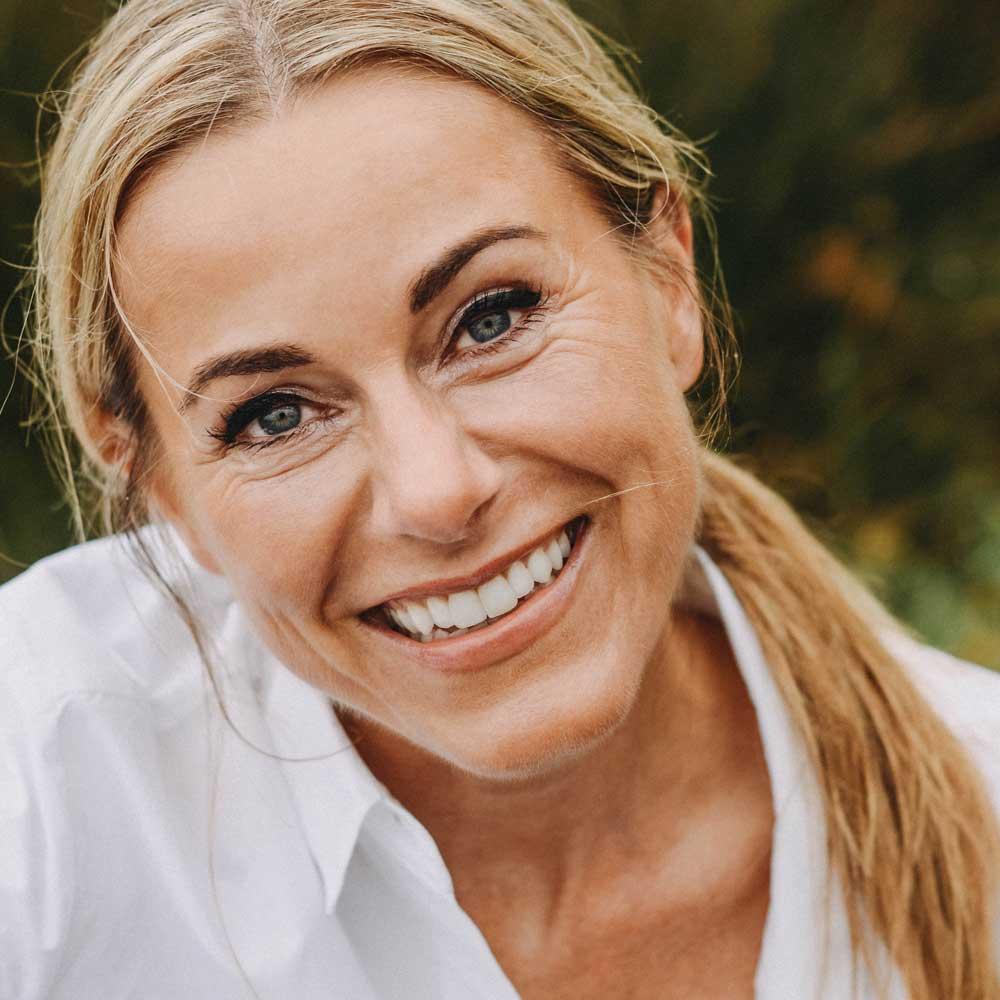 Zahnärztin Dr. Nicole Leonhard